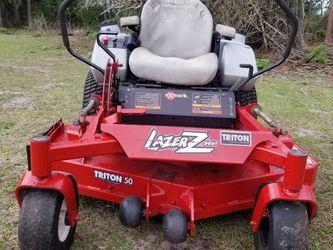 "Xmark lazer Z zeroturn commercial mower tractor, 50"" deck, 27hp kawasaki v-twin for Sale in Astatula,  FL"