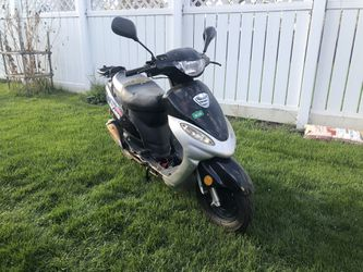 50cc Moped Scooter for Sale in Burbank, IL