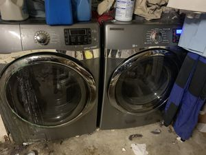Samsung working great washer and dryer for Sale in San Diego, CA