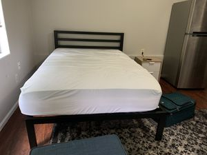 Full size bed for Sale in Seattle, WA