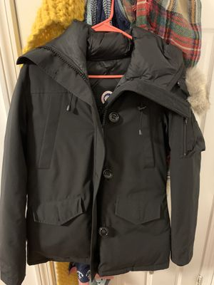 Canada Goose Womens Medium Parka for Sale in Quincy, MA