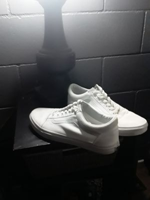 Whit Van's good condition 20 or best offer size 13 for Sale in San Marcos, CA