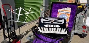 1960 contello accordion for Sale in Garden Grove, CA
