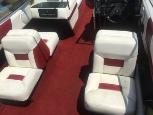 1990 Bayliner PROJECT BOAT. FORD 2.3 litter OMC COBRA ENGINE for Sale in Corona, CA