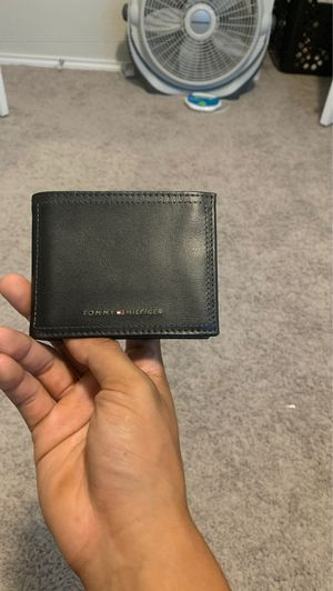 Tommy Hilfiger wallet for Sale in San Antonio, TX