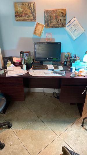 wooden desk for Sale in HOLLYWOOD, FL