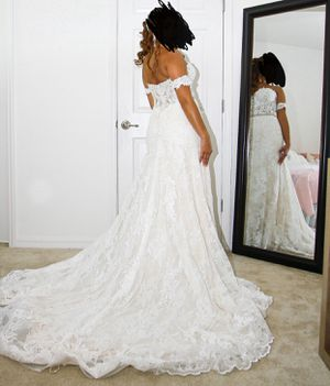 Wedding dress like new/ vestido de novia como nuevo for Sale in Kissimmee, FL
