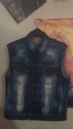 Stonewash Levi's vest size(small-to-medium) for Sale in Austin, TX