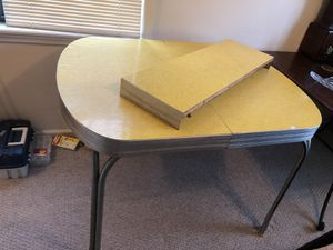 Kitchen table for Sale in McRae, GA