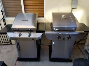 2- Charbroil Tru-Infared BBQ Grills for Sale in Hanford, CA