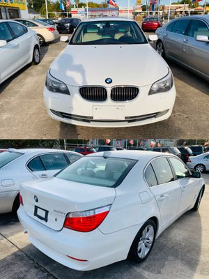 2009 BMW 5 SERIES CLEAN TITLE DISCOUNT 3 MONTH WARRANTY for Sale in Houston, TX