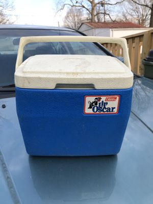 Cooler lunch box lunch pale Coleman ice chest for Sale in Richmond, VA