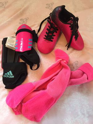 Pink soccer cleats, shin guards and socks for Sale in Washington, DC