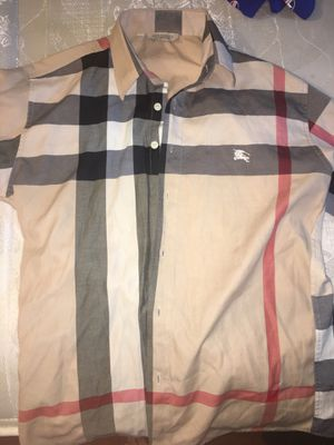 Burberry Shir for Sale in College Park, MD