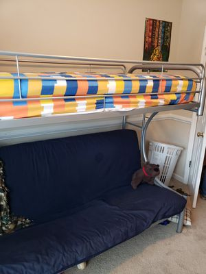 Full size futon and twin size bunk bed for Sale in Ladson, SC