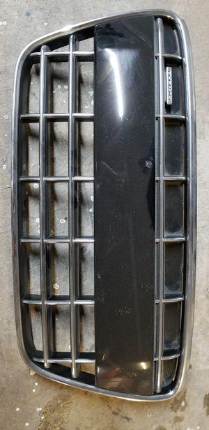 08-12 Audi R8 V10 Grille Gloss Black *Used OEM for Sale in Belle Isle, FL