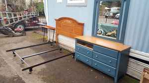 Queen metal frame with headboard and dresser for Sale in Hillsboro, OR