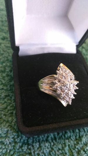 Ladies 10K GTR Diamond Ring for Sale in Orlando, FL