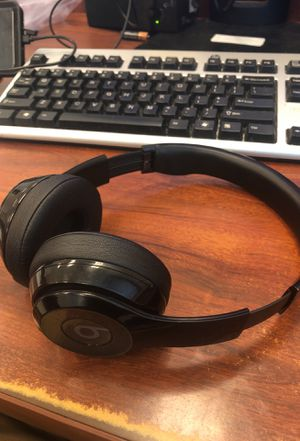 Beats headphones 150 or best offer I work wit you for Sale in Arlington, VA