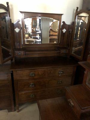 Triple mirror dresser antique for Sale in Seattle, WA