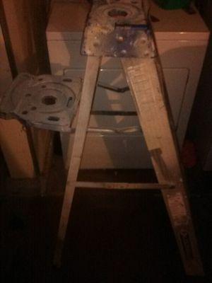 4 foot Louisville ladder for Sale in Las Vegas, NV
