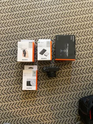Sony RX100VII Bundle barely used for Sale in Los Angeles, CA