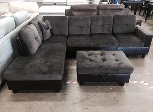 New Grey Microfiber Sectional Couch for Sale in Snohomish, WA