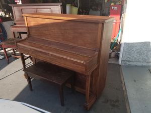 UPRRIGHT PIANO FOR SALE for Sale in San Dimas, CA