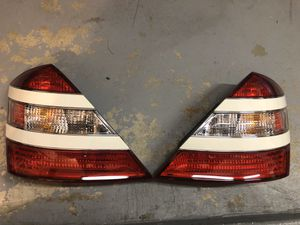 2007-2009 Mercedes-Benz W221 Genuine S550 S600 S65 S63 AMG Tail light for Sale in Valencia, CA