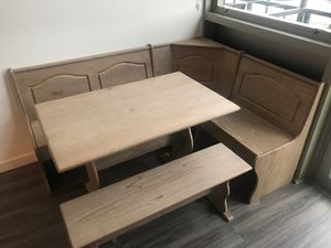 FREE wood grain kitchen nook style table, must be picked up by end of day today in Bothell for Sale in Bothell, WA
