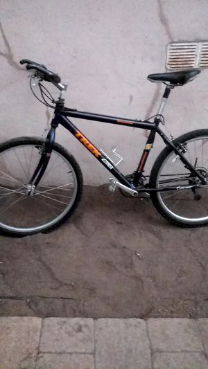 Mountain bike for Sale in San Diego, CA
