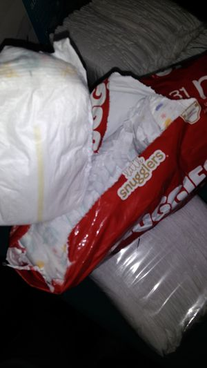 Newborn parents choice diapers for Sale in Philadelphia, PA