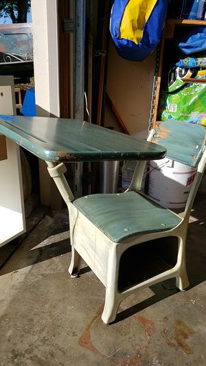 Antique childs desk for Sale in Milwaukie, OR