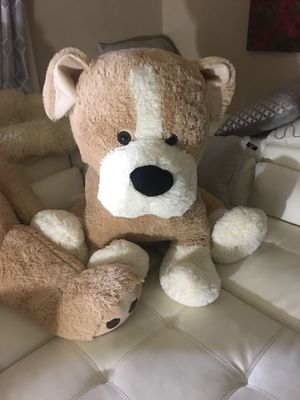 Huge stuffed dog or bear for Sale in Pittsburgh, PA