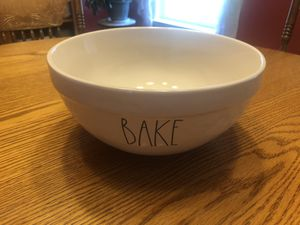 """Rae Dunn """"Bake"""" Mixing Bowl NEW for Sale in Liberty, SC"""