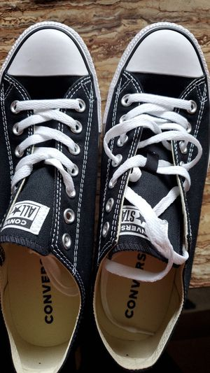 Converse chuck Taylor $40 for Sale in Plano, TX