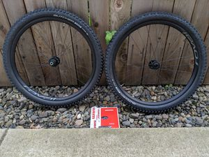 """Roval Traverse 650b 27.5"""" BOOST Wheelset+ tires and rotors for Sale in Portland, OR"""