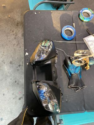 2003-2007 yamaha r6 headlight assembly for Sale in Irvine, CA