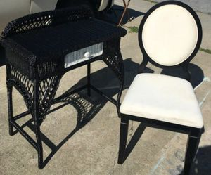 Black and white Makeup Vanity + Chair for Sale in Oakland, CA