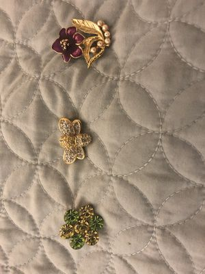 Pretty brooches for Sale in Fremont, CA