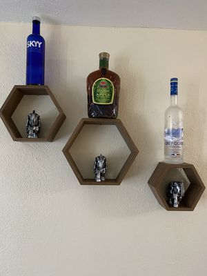 Floating Wall Shelves (Sets of 3) for Sale in Palmetto Bay, FL