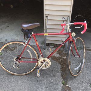Road Bike Vintage Bridgestone for Sale in Lakewood, OH