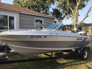 1989 Larson open bow outboard for Sale in Long Beach, CA