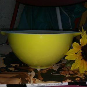 vintage pyrex verde Cinderella mixing bowl 441 for Sale in Davie, FL