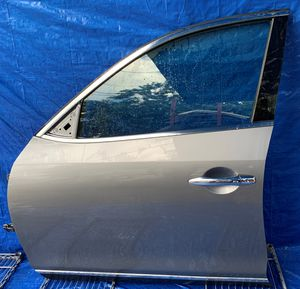 2008 - 2010 INFINITI EX35 FRONT LEFT DRIVER SIDE DOOR ASSEMBLY GRAY for Sale in Fort Lauderdale, FL