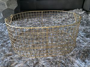 Gold Basket for Sale in Garfield Heights, OH