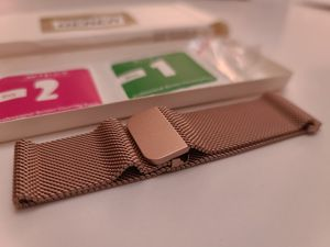 Rose Gold Fitbit Versa Magnetic Watch Band for Sale in Orlando, FL