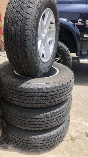 Bridgestone tires like new for Sale in Highlands, TX