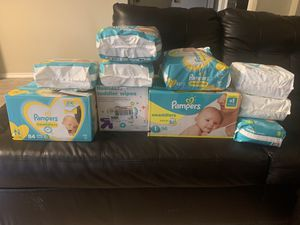 Pamper& diaper& wipes for Sale in Arlington, TX