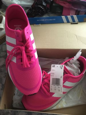 Hot Pink & white Adidas for Sale in Houston, TX